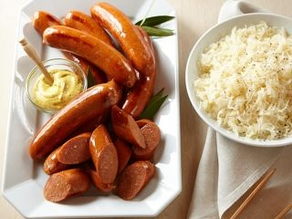 home market foods bahama mama premium sausages on plate